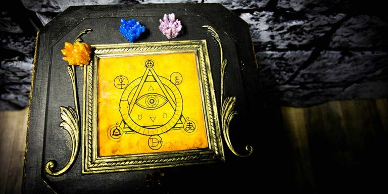 Spell table puzzle at Spellcaster escape room at Locktopia Houston